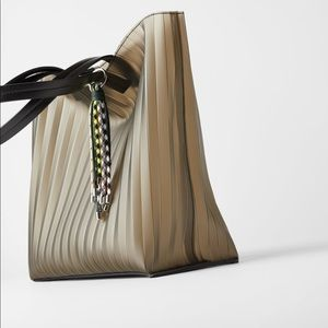 ZARA PLEATED VINYL SHOPPER BAG TOTE